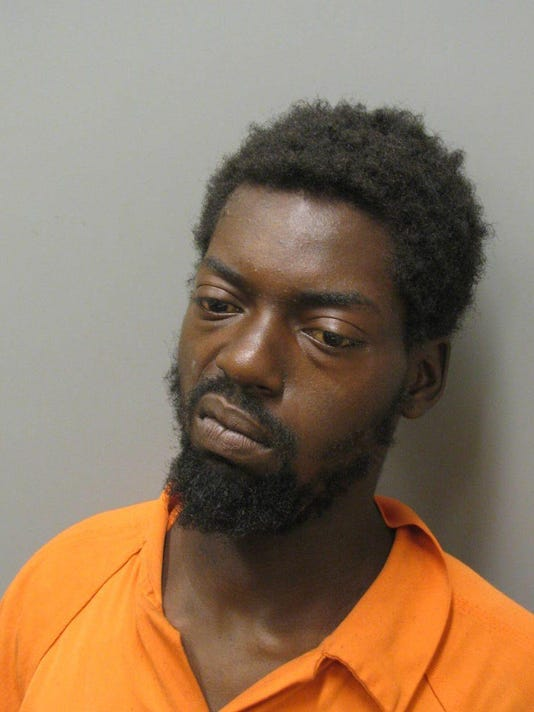 636646503456777651-Marcus-Searight-is-charged-with-possession-of-marijuana-and-unlawful-possession-of-a-controlled-substance..jpg