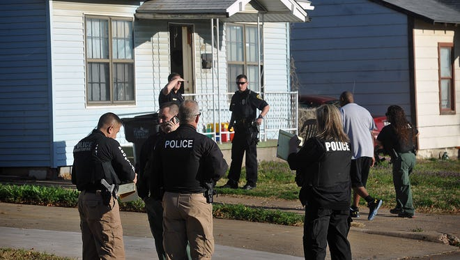 Wichita Falls Police worked a standoff in the 600 block of Sunset Drive that was related to an aggravated assault on Hughes early Wednesday morning. A suspect was taken into custody with the help of a police negotiator on the scene.