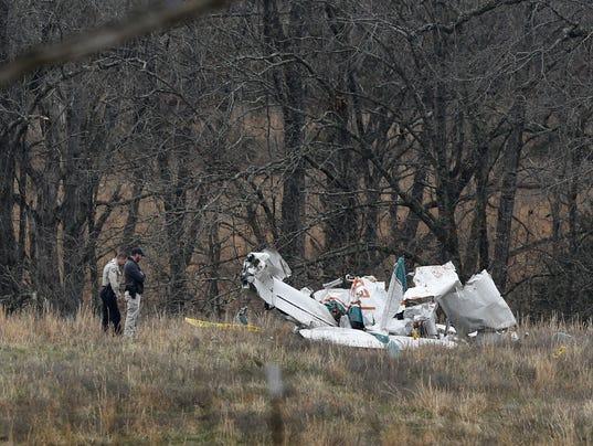 636491884826030669-plane-crash.jpg