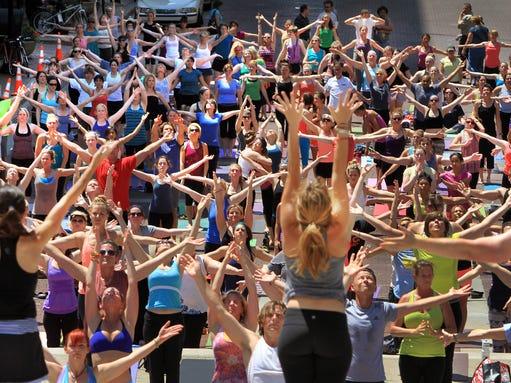 INI Monumental Yoga