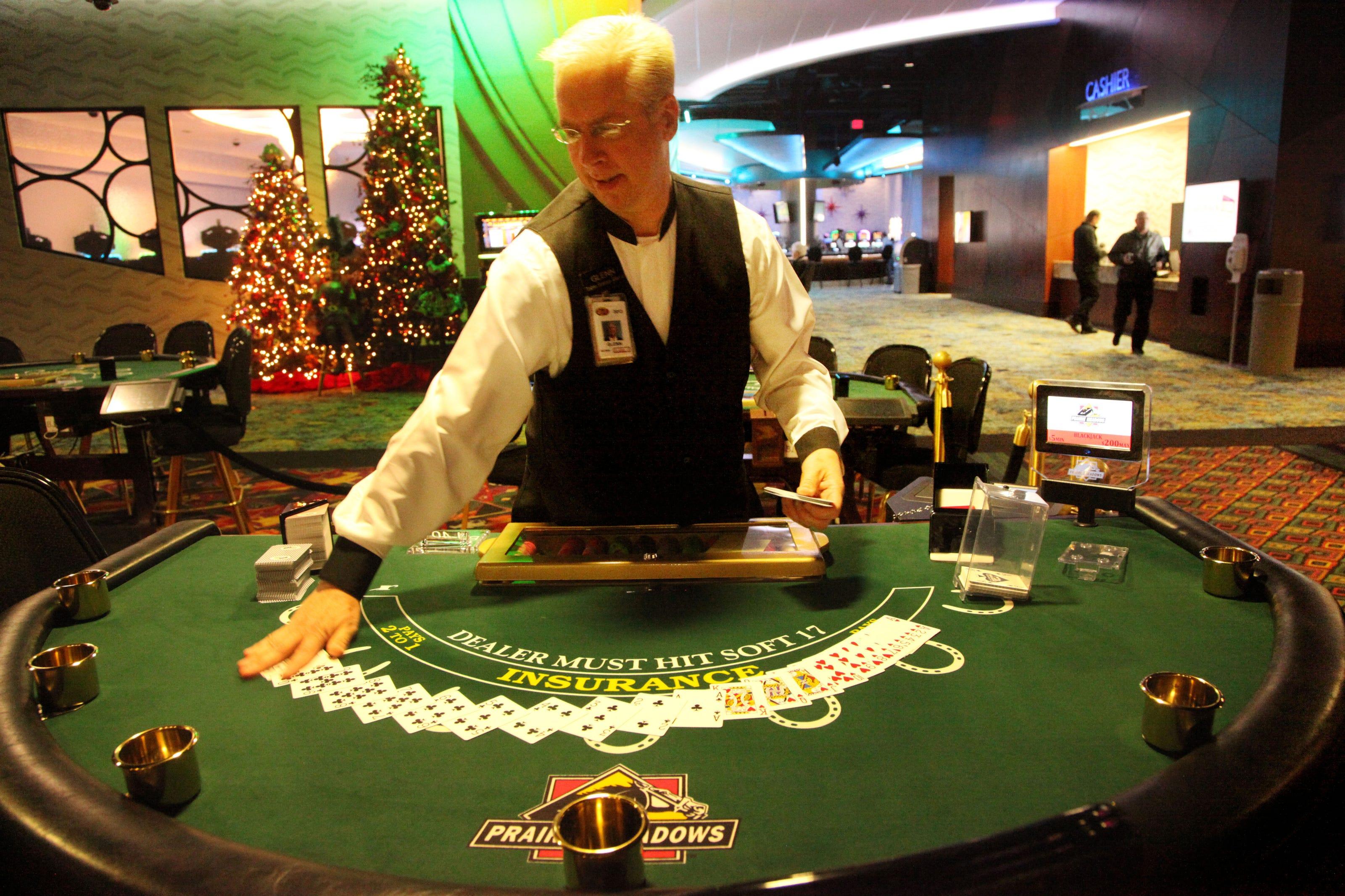Prairie meadows casino table games free real life slot machines