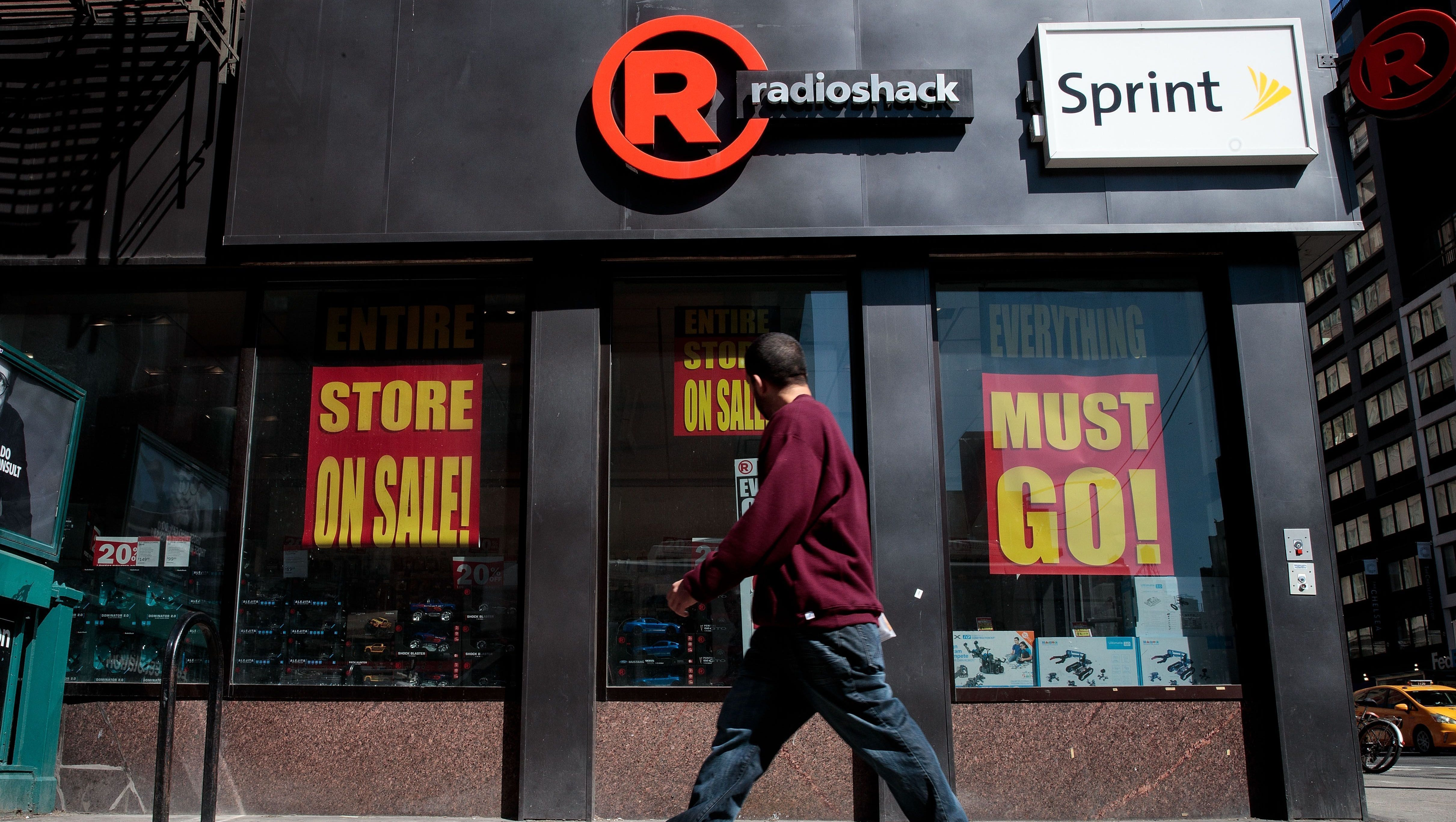 RadioShack Is Almost Out of Stores After Closing Another 1000