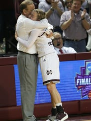 Mississippi State head basketball coach Vic Schaefer