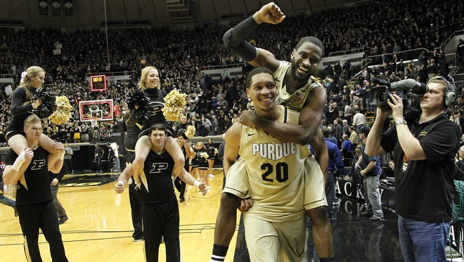 How will Rapheal Davis and A.J. Hammons finish off their college careers?