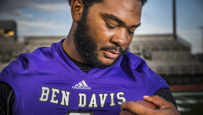LeShaun Minor, DT, Ben Davis.  Portrait taken on Aug. 10, 2016.