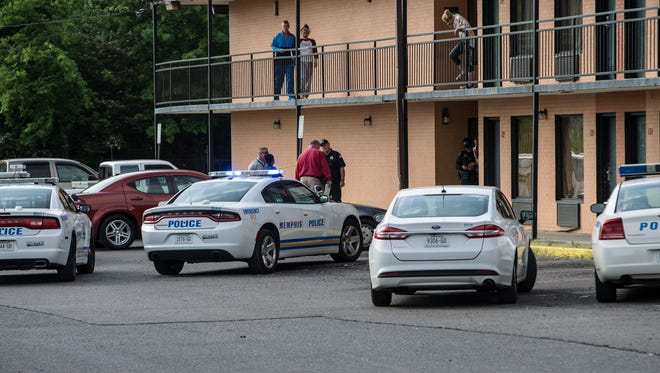 April 26, 2017 - Memphis police are investigating after two people were shot at a Welcome Inn motel on Summer Avenue Wednesday morning.