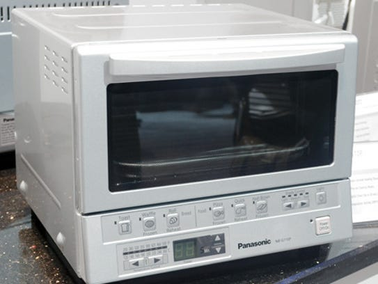 Infrared heating toaster