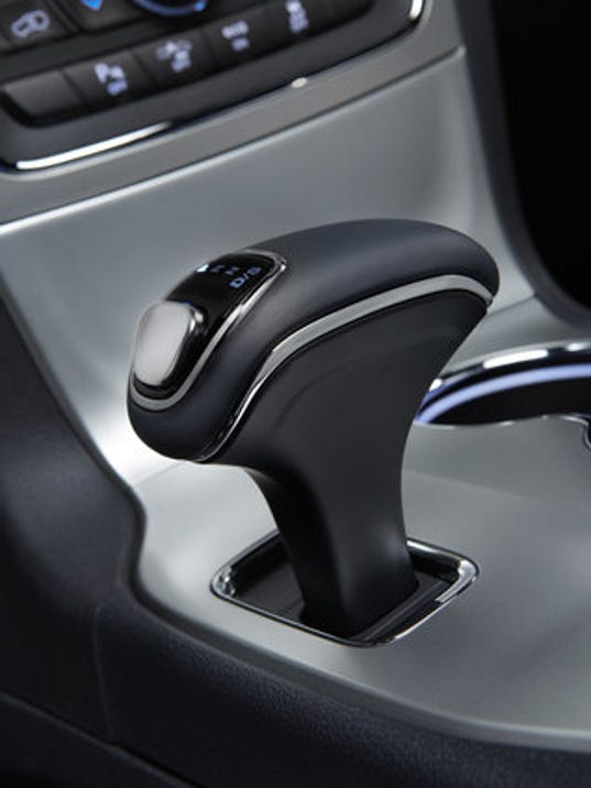 Gear shifter for a 2014 Jeep Grand Cherokee Overland