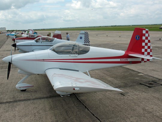 This is a Vans RV-6A, the same type of plane that crashed