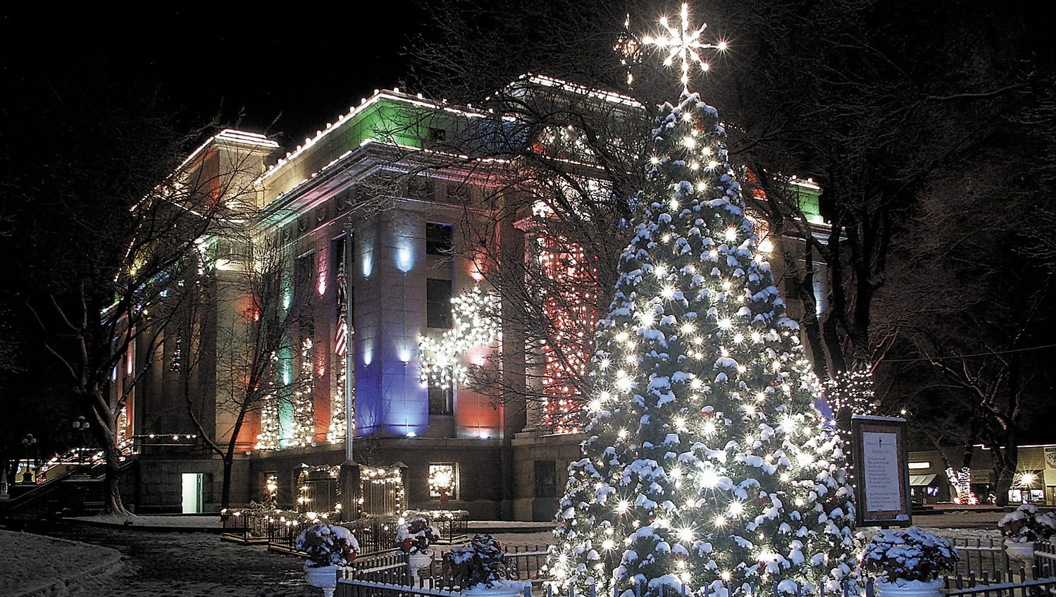 Bullhead City Christmas Tree Lighting Ceremony 2020 Best holiday lights in Arizona 2020: What's on, what's canceled