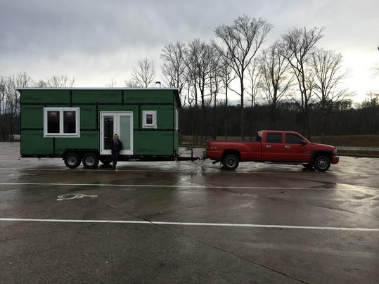 MUST_Danner with tiny house