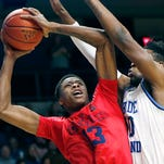 Mavericks take a chance by drafting Kostas Antetokounmpo, younger brother of Giannis