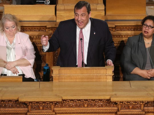 Gov. Chris Christie appears to be trying to work with a Democratic state and keep his hand in with the Trump administration, just in case.