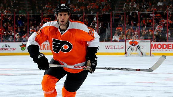 R.J. Umberger, who has sat out the last five games as a healthy scratch, will be back in the lineup Thursday.