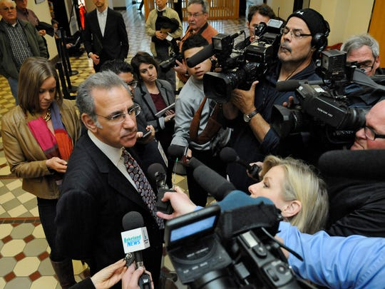 Defense attorney Steve Meshbesher speaks to reporters following closing arguments in the Byron Smith murder trial in Little Falls in 2014.