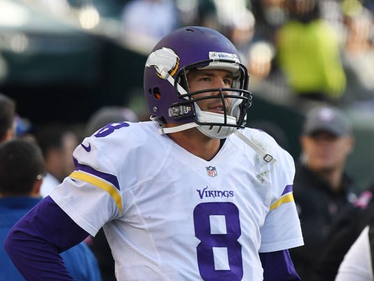 Vikings scramble for answers on how to protect Sam Bradford