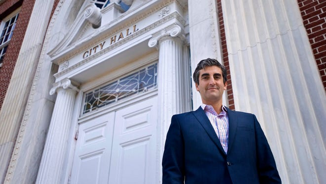 Burlington Mayor Miro Weinberger at City Hall on Tuesday, September 30, 2014.