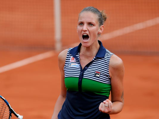 Karolina Pliskova of the Czech Republic reacts as she plays Romania's Simona Halep during their semifinal match of the French Open tennis tournament at the Roland Garros stadium, Thursday, June 8, 2017 in Paris. (AP Photo/Michel Euler)