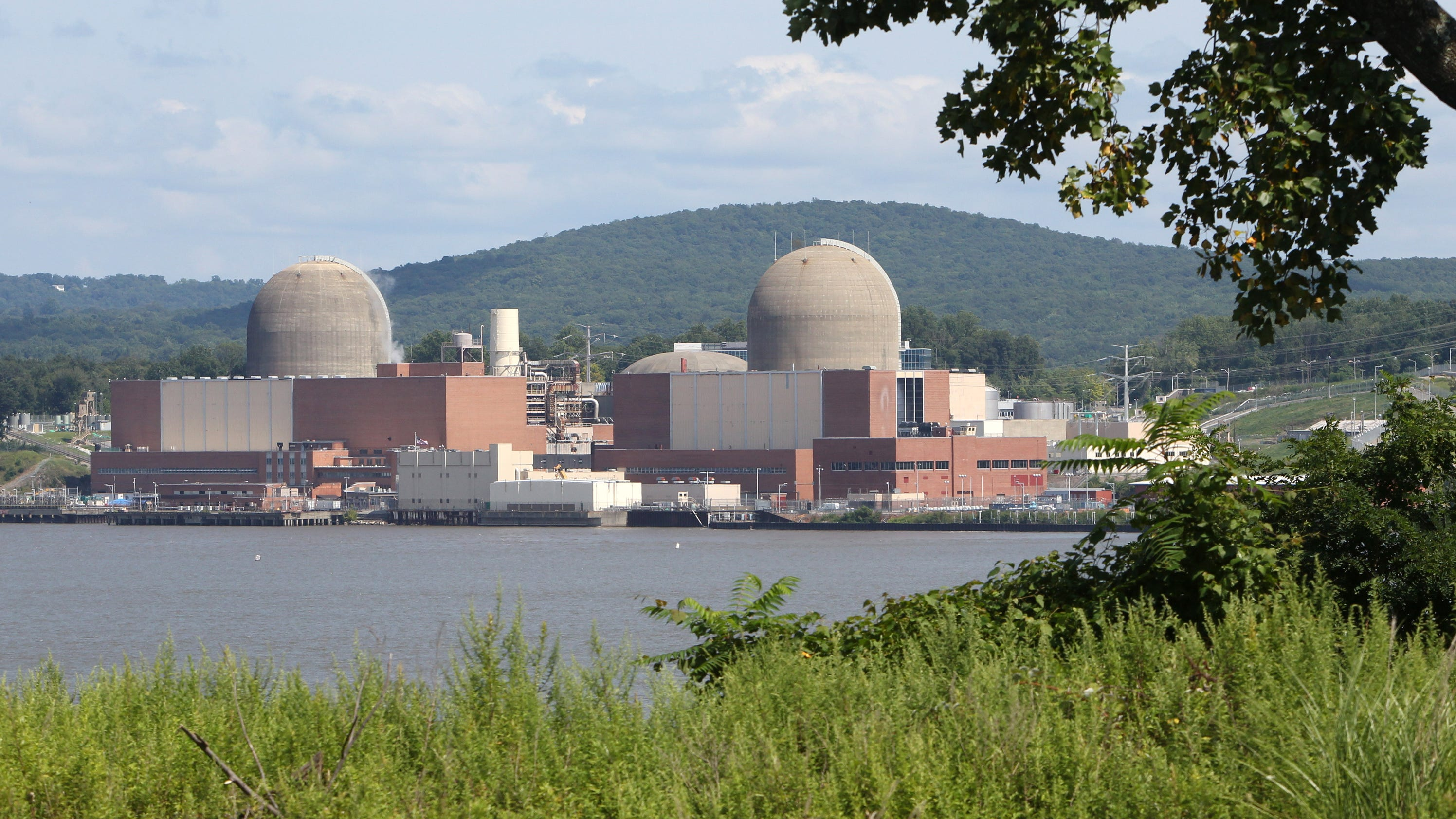 Judge upholds Indian Point hearings for summer shutdowns