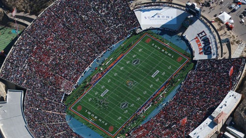 The University of Oklahoma battled Stanford University in December 2009 at the 76th annual Hyundai Sun Bowl.