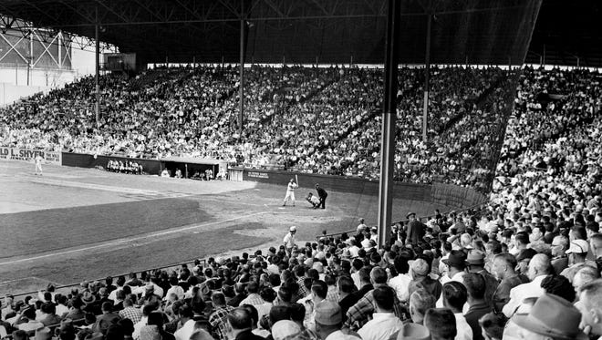 A crowd of more than 5,000 that poured into Sulphur Dell April 16, 1960 to welcome the Nashville Vols for a new season.