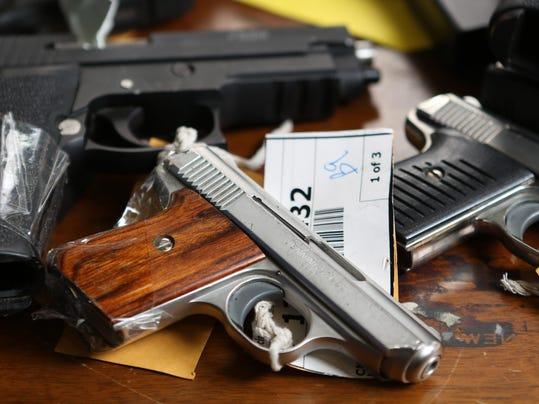 GUNS02