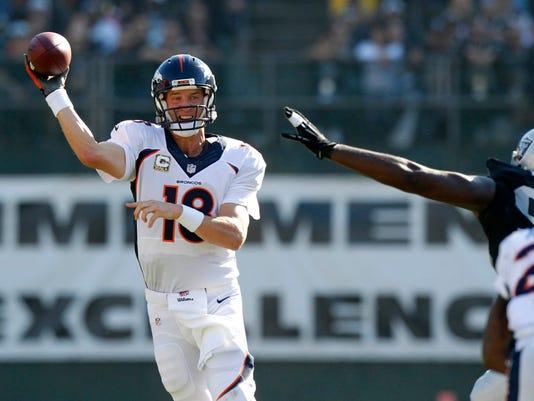 USP NFL: DENVER BRONCOS AT OAKLAND RAIDERS S FBN USA CA