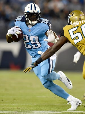 Titans running back DeMarco Murray (29) is second in the NFL in rushing yards.
