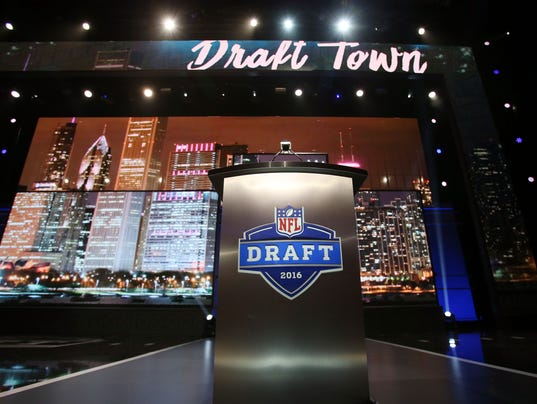 USP NFL: 2016 NFL DRAFT S FBN USA IL
