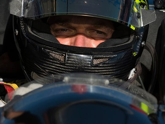 RACECAR DRIVER PAYDAY LOAN SCAM