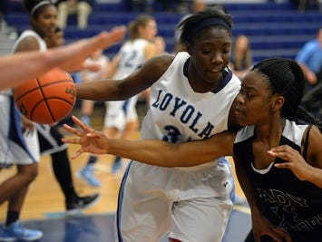 Loyola's Amber Smith scored 27 points in a first-round loss to Madison.