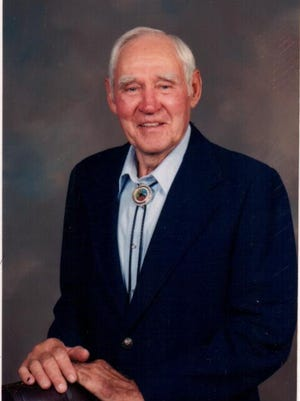 Tom Evans, 89, of the Waverly community passed away November 21st, 2014.