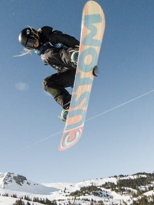 Zoe Kalapos, who grew up in Beverly Hills, is working hard to make the U.S. Olympic women's halfpipe team for 2018.