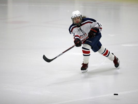 636440861653607890-020217-APC-Eastern-Shores-hockey-rbp-654.jpg