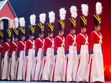 Enjoy the ultimate NYC holiday experience with the Radio City Rockettes. Tickets from $39!