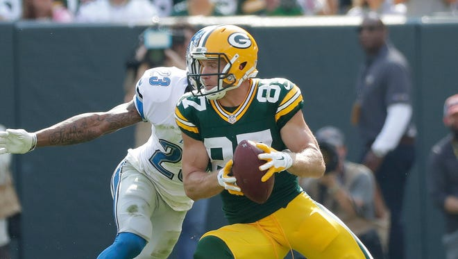 Jordy Nelson makes a move against the Lions Sunday.