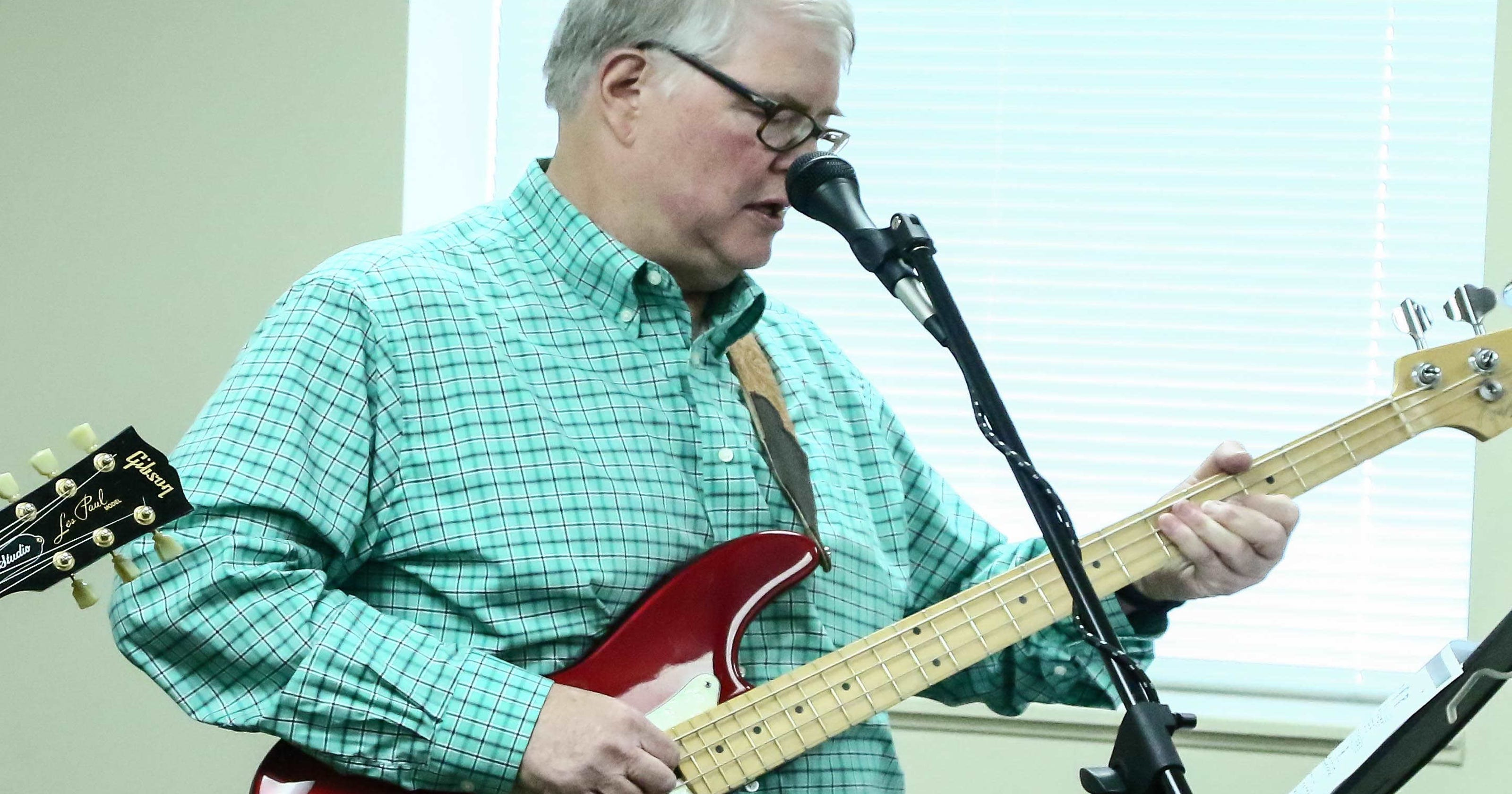 Stroke Victims Relearn Guitar Together