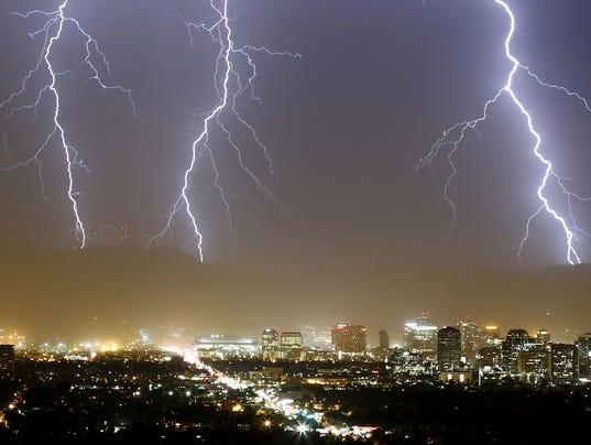 636468829550446407-PNIBrd2-07-05-2017-Republic-1-A009-2017-07-04-IMG-Monsoon-Lightning-St-1-1-NOITDABQ-L1058596468-IMG-Monsoon-Lightning-St-1-1-NOITDABQ.jpg