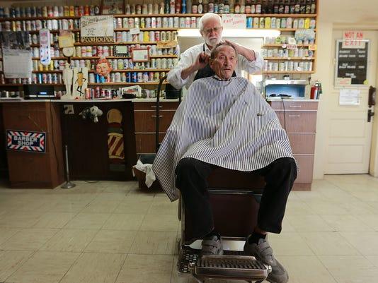 635870878759723311-Barber-1.jpg