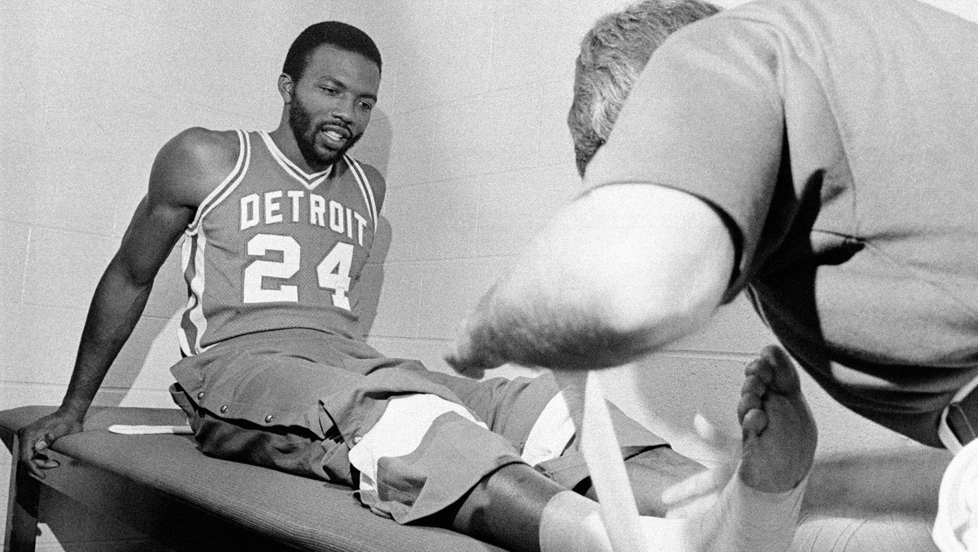 Former NBA player Marvin Barnes s at 62