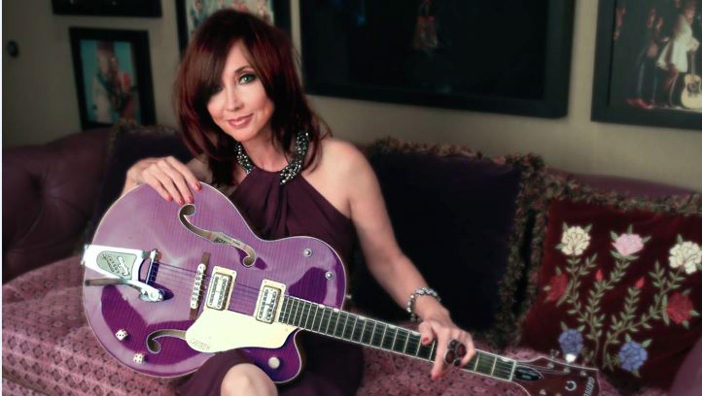 Pam Tillis Puts The Nashville In Nashville