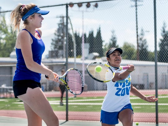 College of the Sequoias women's tennis players Maddie