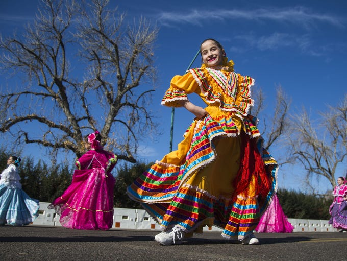 Folklorico lingo y querido members perform during the