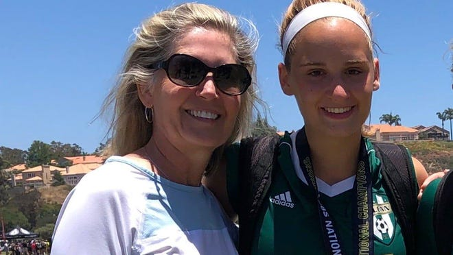 Lisa Gist Robertson's daughter Kendall, a college  soccer player, underwent a COVID-19 test to return to Rice University that cost $864.