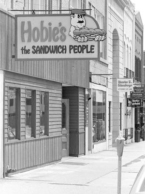 Hobies Restaurant at 107 E. Allegan in downtown Lansing, June 23, 1976.