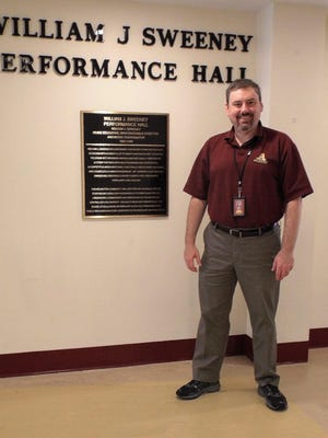 Darrell Keech, Arlington High School's director of bands, had vocal polyps removed twice, then underwent speech therapy, including exercises and behavior modifications, such as speaking in a low, clear tone and drinking plenty of water, to avoid future problems with his voice.