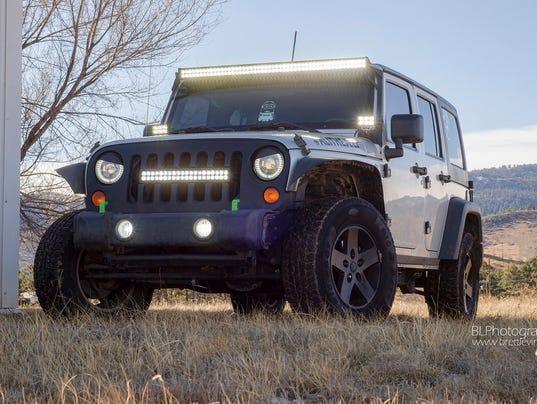 636120631034555135-light-bar-on-jeep.jpg