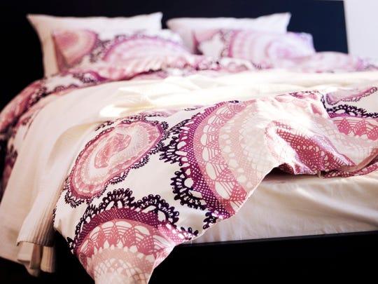 The LYCKOAX bedspread from Ikea.