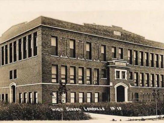 lohrville men Iowa state gazetteer & business directory, 1903 - 1904 1903 - 1904 iowa state gazetteer & business directory calhoun county extract farnhamville on pg 693  lohrville brick and tile.
