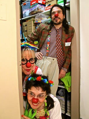 "Clowns using the names Drs. Lala, Azul Primavera (""blue spring"" in English) and Lulo Alegre – Evelyn Smink, María Asunción Giardina and Miguel Alegre in the real world – are part of the local association Puente Clown in Buenos Aires."